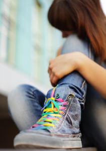 Saiba superar cólicas, ganho de peso e a acne na adolescência